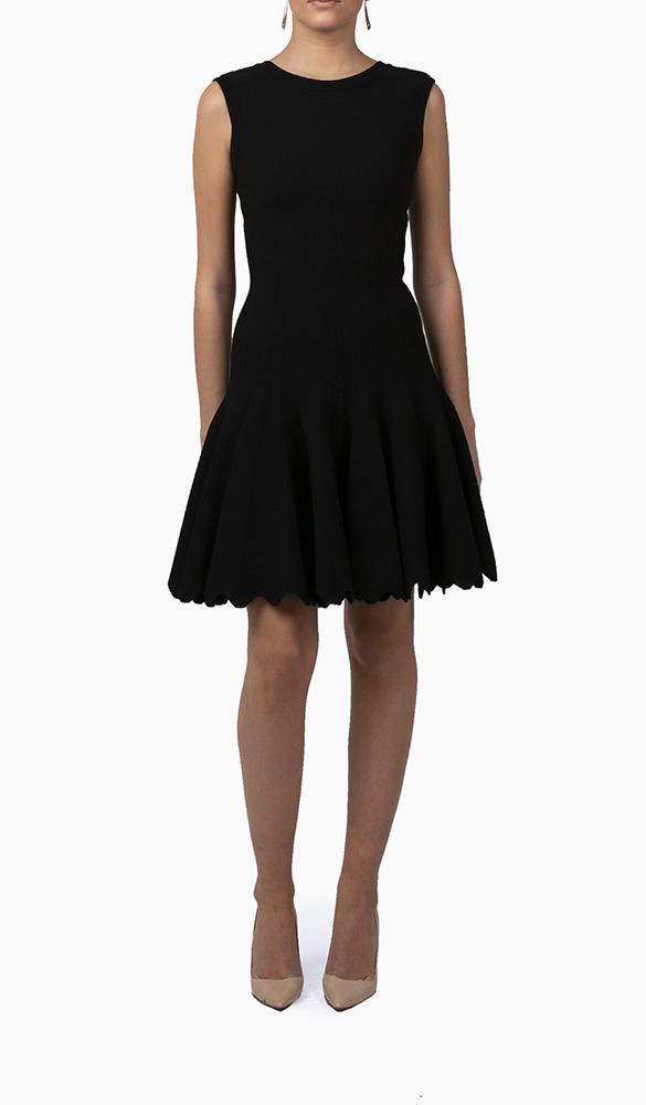 Location robe Alaia Corolle Noire - Une Robe Un Soir